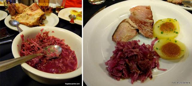 Eiisbein, joelho de porco à moda alemã servido no Restaurante Capitão Lima, em Recife