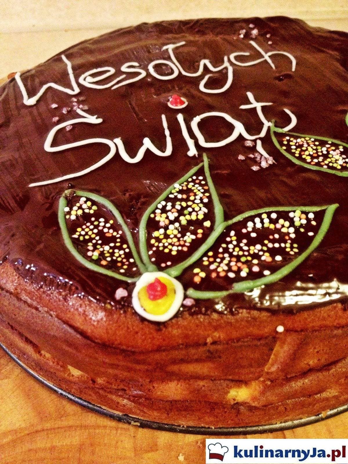 Sernik wielkanocny z polewą czekoladową