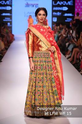 Stylish-Designer-Bridal-Lehenga-Designs-2017-By-Ritu-Kumar-7