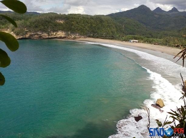 Keindahan Wisata Pantai Dangkal Pacitan