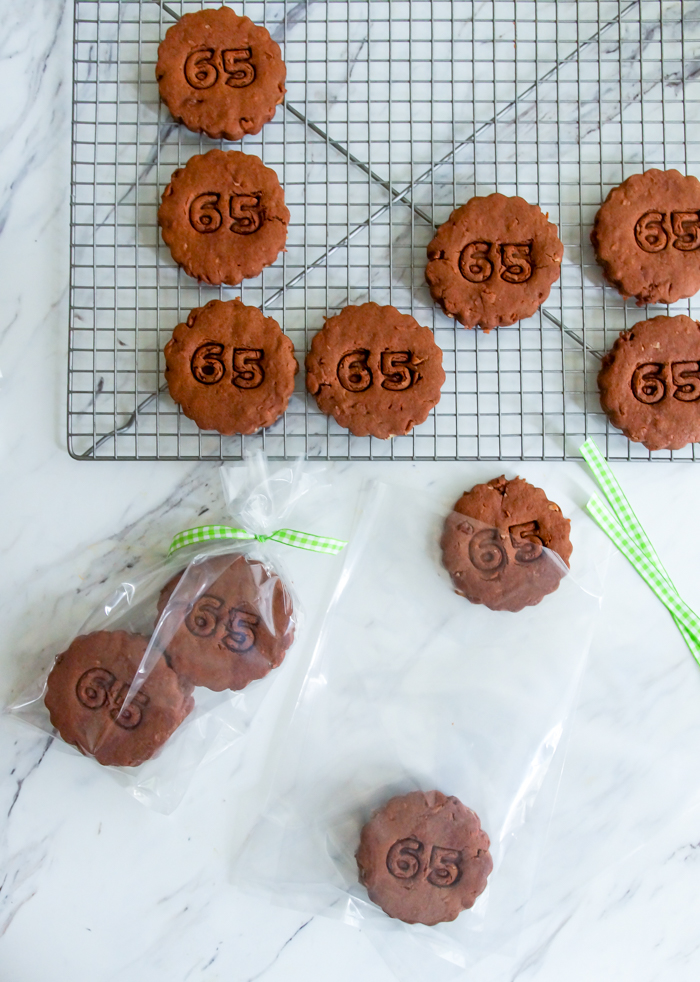 how to imprint cookies