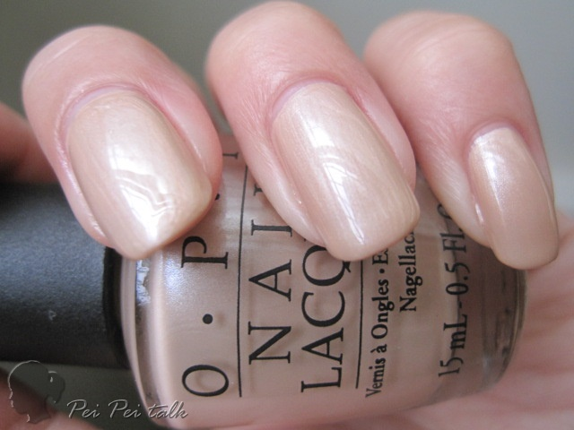 OPI B79-Sand in My Suit