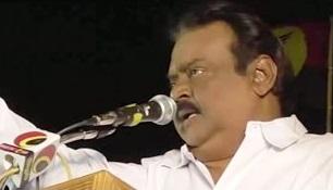 I am Karate Master | Vijayakanth warns DMDK Member