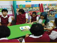 Buku Panduan Gerakan Literasi Sekolah (GLS) di SLB