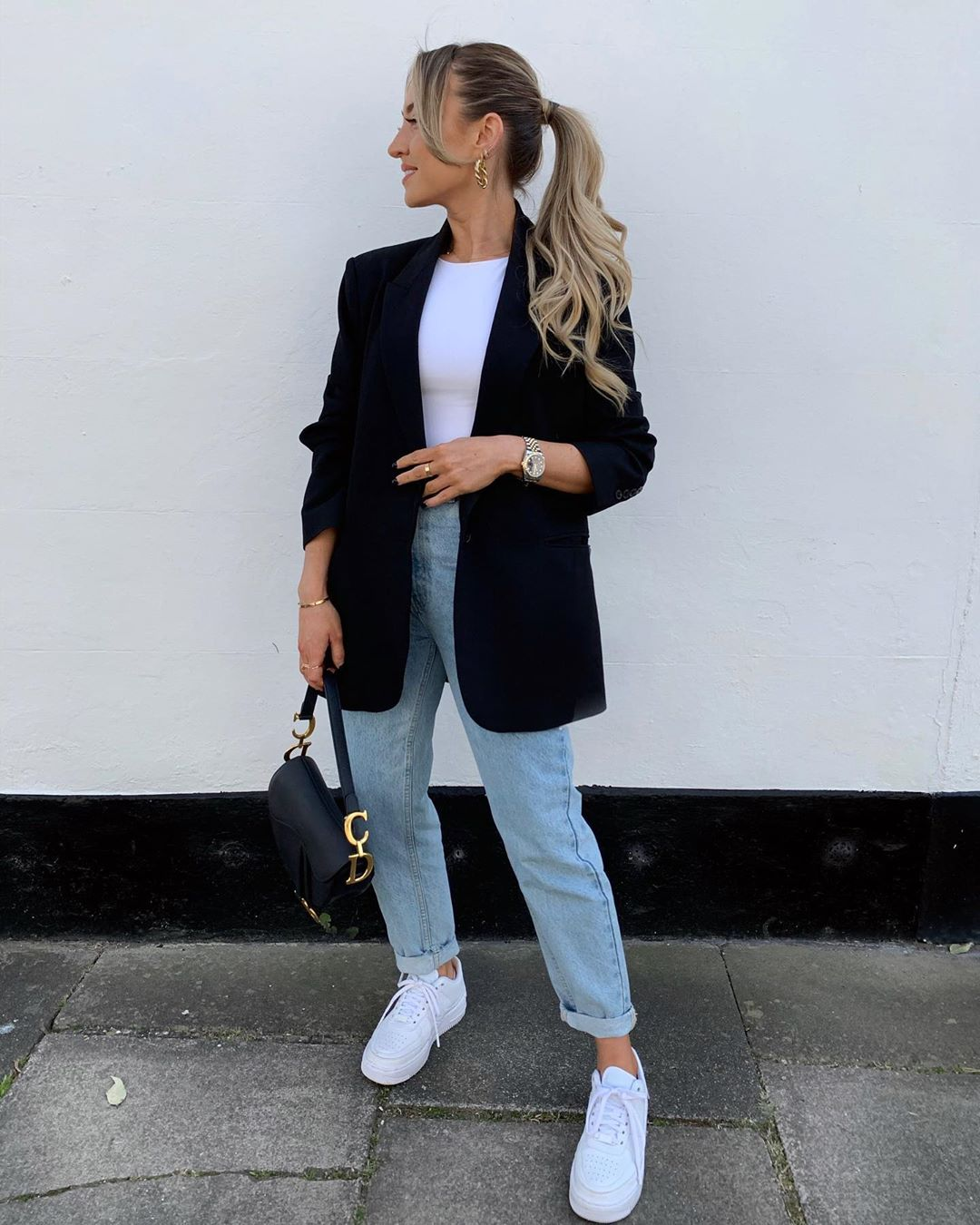 This Is The Easy, Chic Outfit You'll Be Living In This Spring
