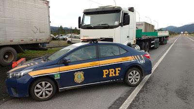 PRF recupera carretas roubadas em Barra do Turvo