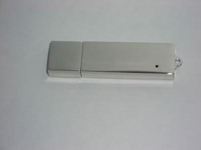 usb kim loại hình chữ nhật