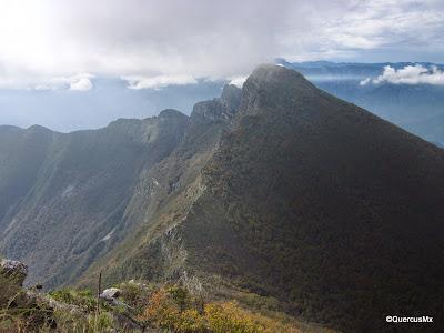Pico Norte visto desde el Pico Las Antenas en el Cerro de la Silla