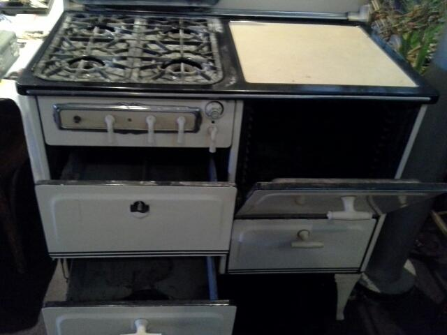 Vintage Gas Stove for Sale