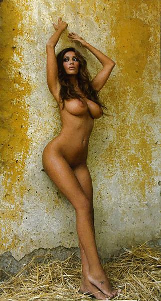 Nude Girls In Thongs