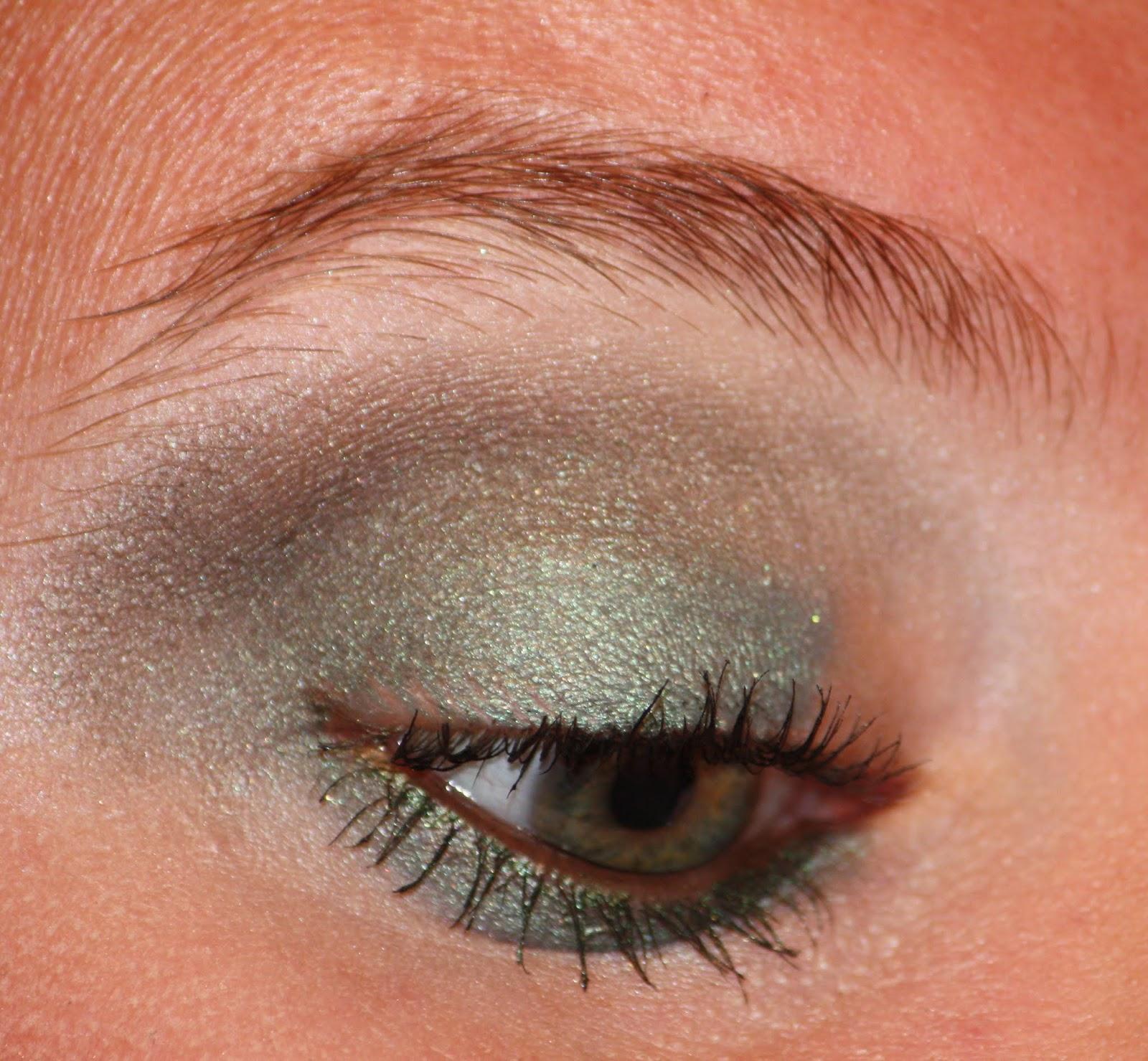 Die Zauberin Zebulon: Frosty Green Eye MakeUp