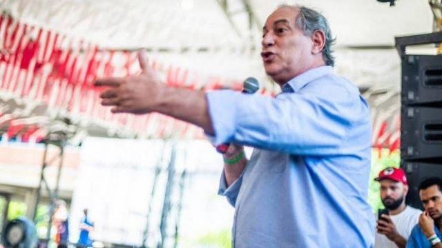 """Ciro afirma que Lula deve ser tratado como """"adversário"""""""