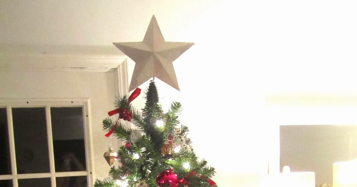 Swoon Style And Home: DIY Glittery Christmas Tree Star