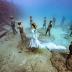 Ensaio fotográfico feito no fundo do mar