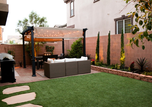 transitional backyard patio