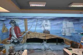 Artystyczne malowanie ścian, aranżacja kręgielni poprzez malowanie