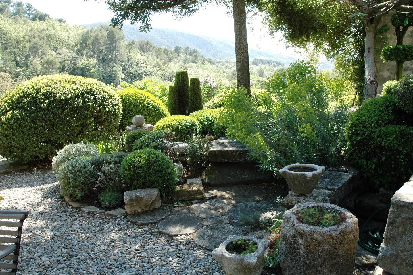 paradis express le jardin de la louve. Black Bedroom Furniture Sets. Home Design Ideas