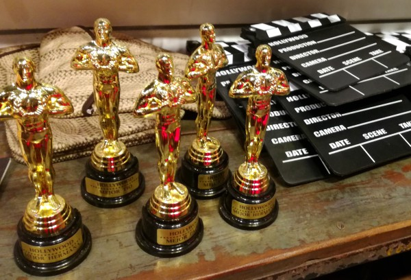 the oscars party decorations