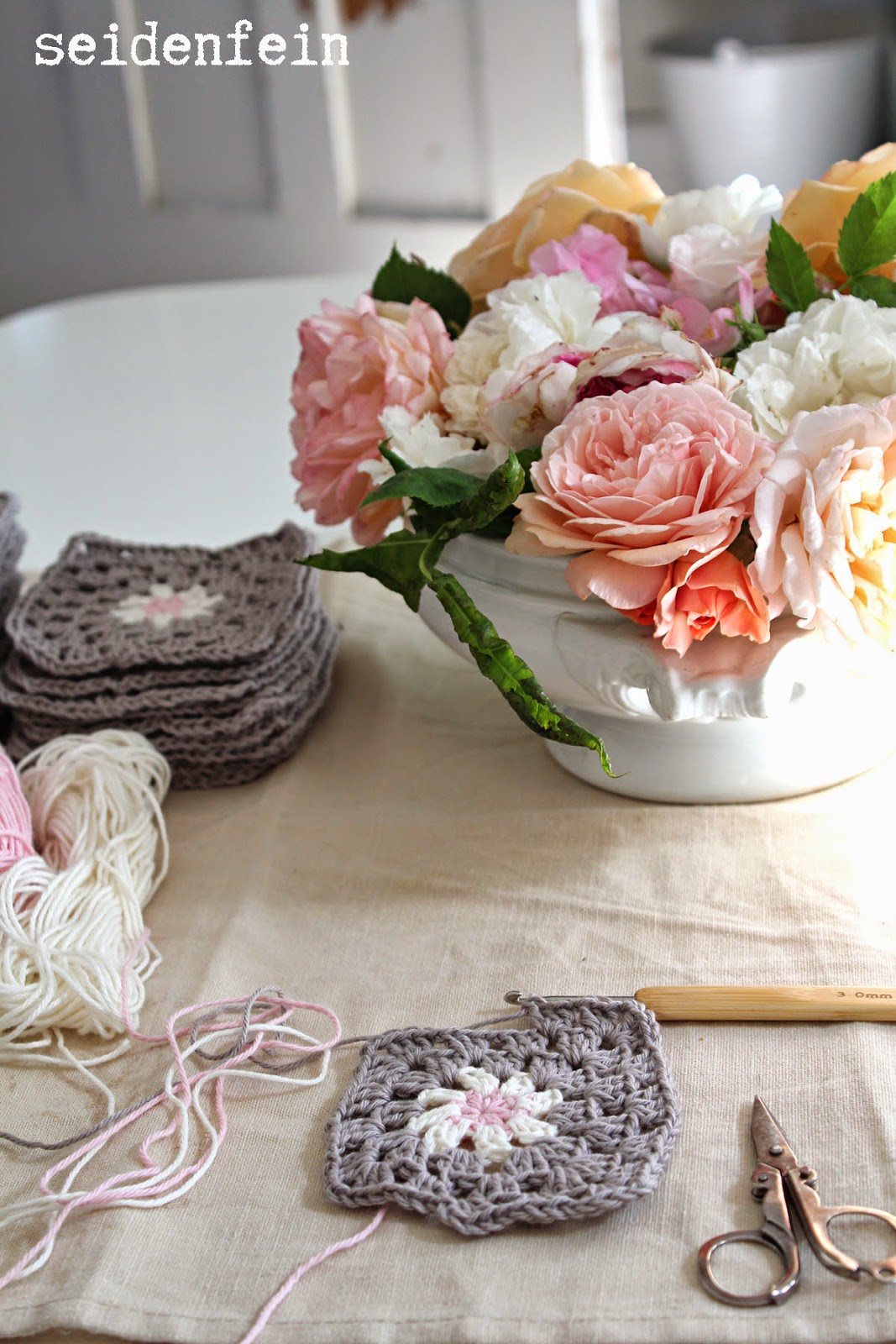 seidenfeins Blog vom schönen Landleben: Grannys taupe - rose