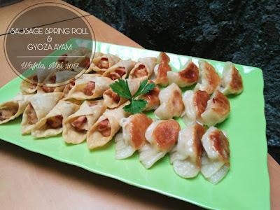 Sausage Spring Roll & Gyoza Ayam By @dapurwafda