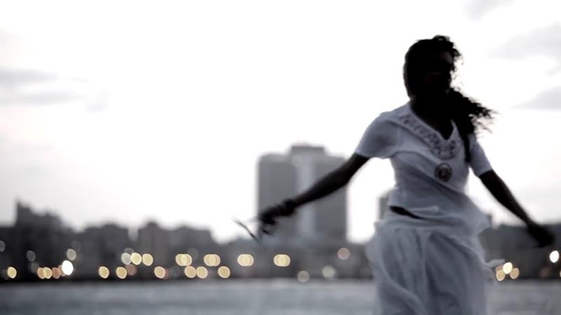 Danay Suárez - ¨Yo Aprendí¨ - Videoclip - Dirección: Wilberg H. Monterde. Portal Del Vídeo Clip Cubano - 03