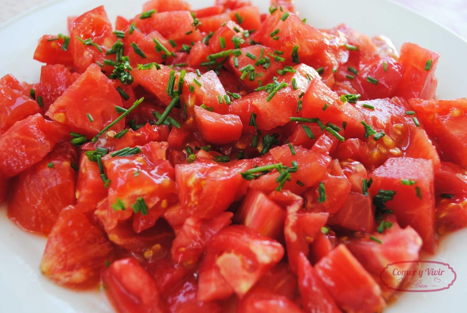 Comer Y Vivir Bien Ensalada De Tomate Y Cebollino