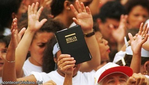 Evangélicos aumentan en Brasil