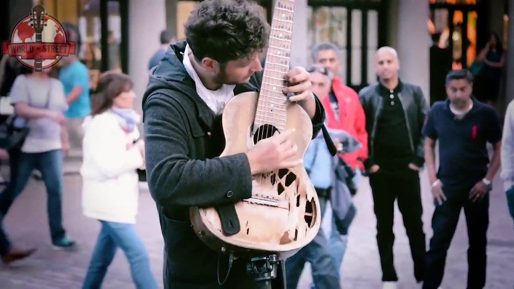Mind-Blowing Video Of Sophisticated Street Musician, Tom Ward