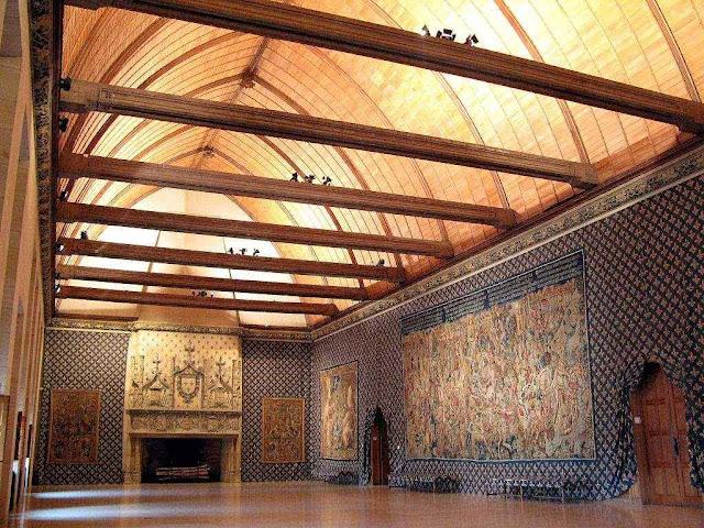 Palácio do Tau, onde os futuros reis da França se preparavam para sagração, Reims