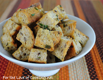 Homemade Garlic and Herb Croutons