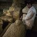Σπουδαία ανακάλυψη: Βρήκαν αρχαία πόλη των νεκρών στην Αίγυπτο, με σαρκοφάγους και θησαυρούς