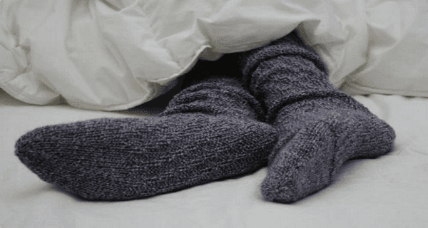 Socks On or Socks Off? Here Are The Benefits of Wearing Socks in Bed!