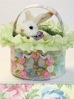 Великденска кошница от хартия с рози