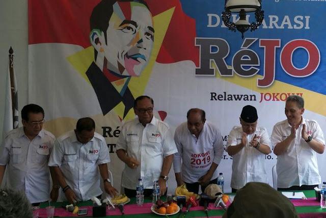 ReJo Klaim Musuh Sesungguhnya Jokowi adalah Fitnah