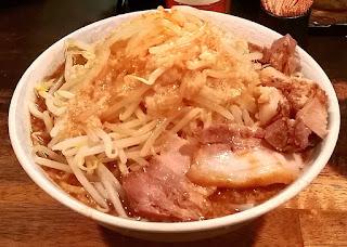 人文研究見聞録:加藤屋にぼ次郎の煮干し豚骨ラーメン