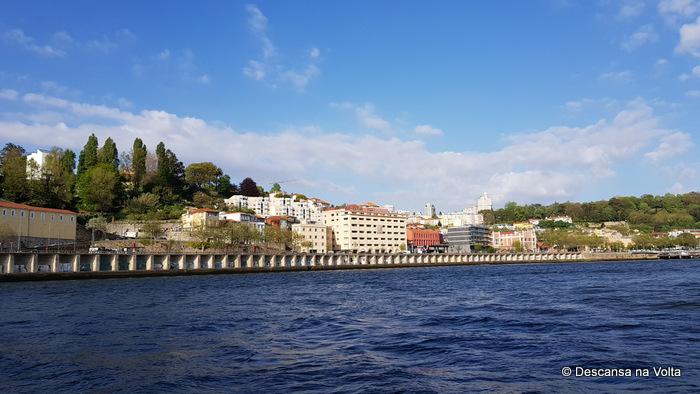 Passeio de barco 6 pontes do Rio Douro