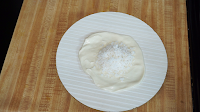 Making-coconut-poli