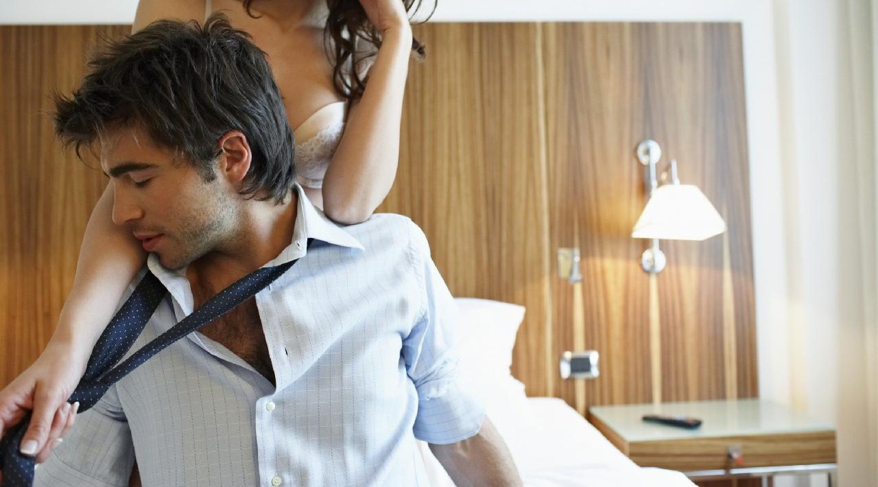 Ролевые игры жены голой, Ролевые игры со страстной женой - ПорноЛента 14 фотография