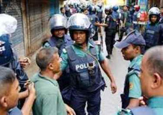 nine-foreigners-held-in-bangladesh-with-fake-currency