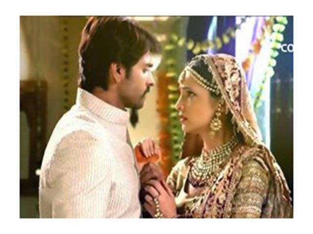 Rangrasiya 2nd may 2014 episode / Roman holiday full movie watch online