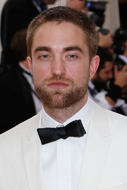 5 Mayo - Mas Fotos de Rob en la MET GALA 2016!!! May2016__19_