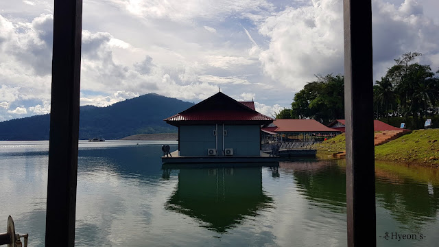 Hyeon Travel Journal; Tasik Kenyir
