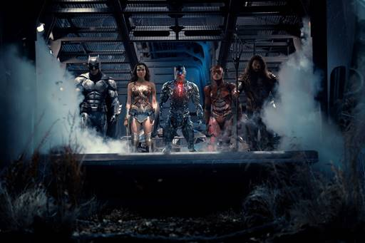 JUSTICE LEAGUE - Official Heroes Trailer Debut