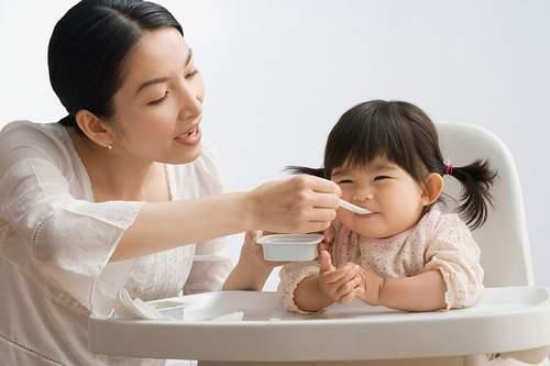 Sản phẩm giúp bé tăng cân, phát triển toàn diện