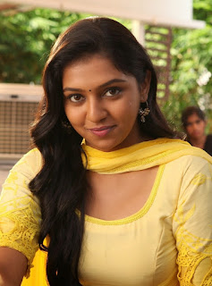 Lakshmi Menon ( லக்ஷ்மி மேனன்)photos, Childhood Photos ...Lakshmi Menon In Raghuvinte Swantham Rasiya