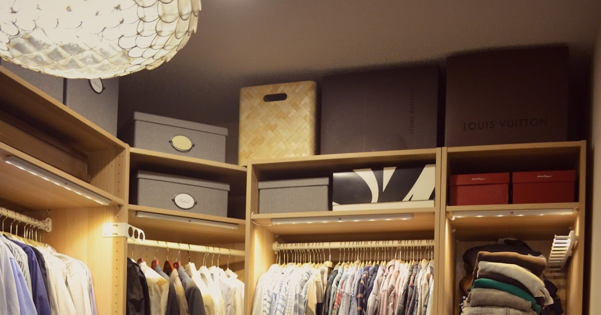 Life & Home At 2102: Guide To Building Your Own Closet