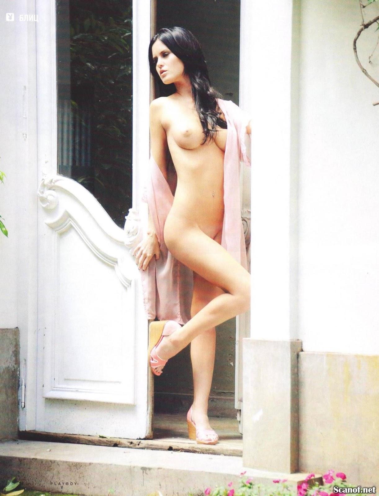 Nude weber Amy Weber