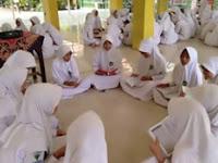 MTsN 1 Pasuruan Bentuk Kelompok Tadarus Al-Qur'an