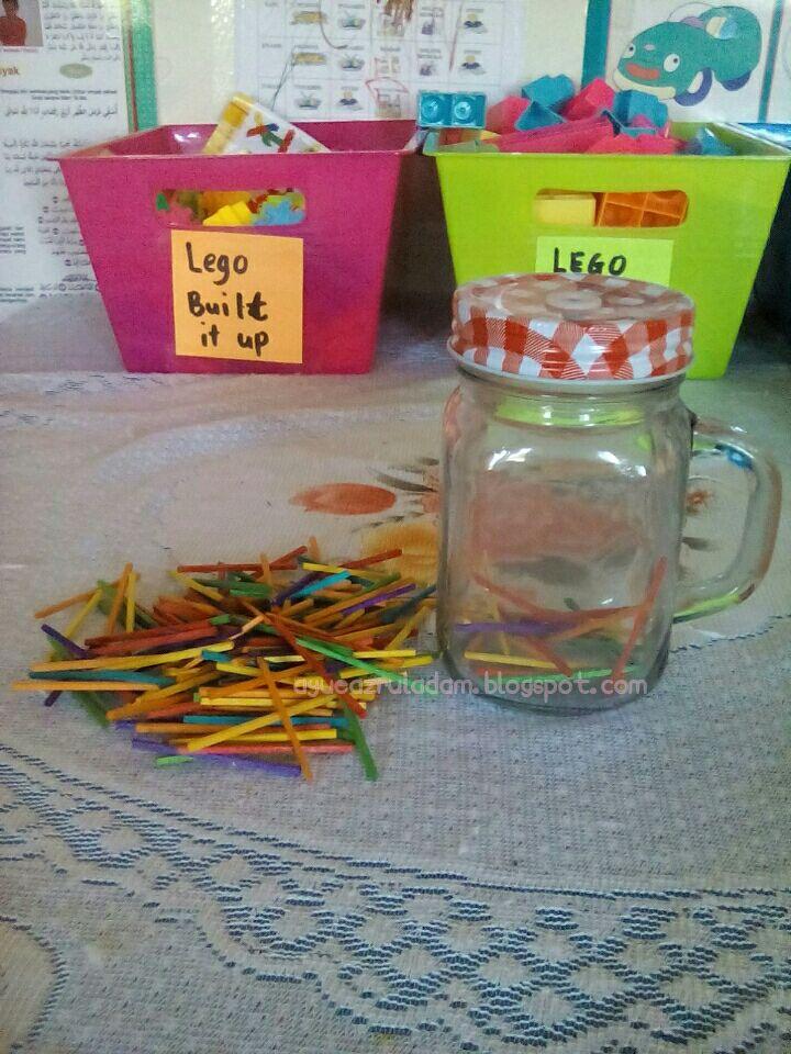 Bermodalkan Dua Barang Diy Jadi Bahan Mainan Anak Sticks Comel Rm2 39 Dan Balang Kaca Tu Rm3 90 Dibeli Kat Kedai Mr
