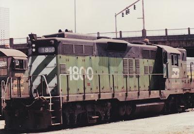 Burlington Northern GP9 #1800 at Hoyt Street Yard in Portland, Oregon, in 1992
